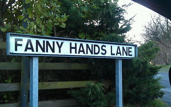 Britain's rude road names under threat http://t.co/vSk8nCIVRw @urban_achiever reports http://t.co/Kaey4WlStY