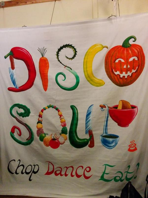 Look at this great sign done by Shtig in preparation for #discosoup3 in Bonn Sq Sat! @AbundanceOxford #pumpkinrescue http://t.co/CckyFcC7oq