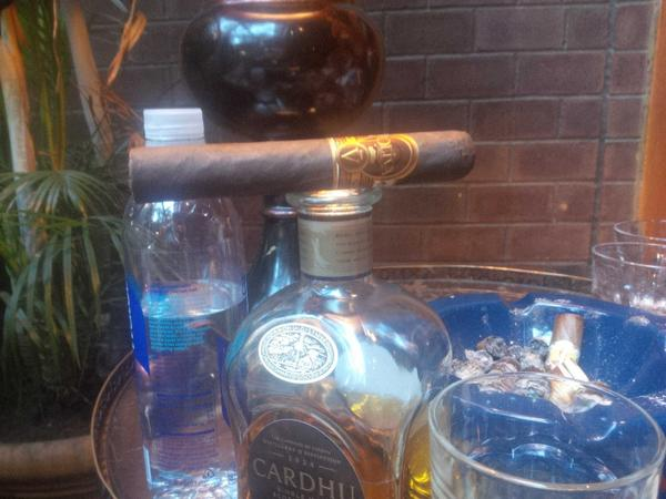 Pre party Oliva Serie V and nerve soothing Cardhu 12