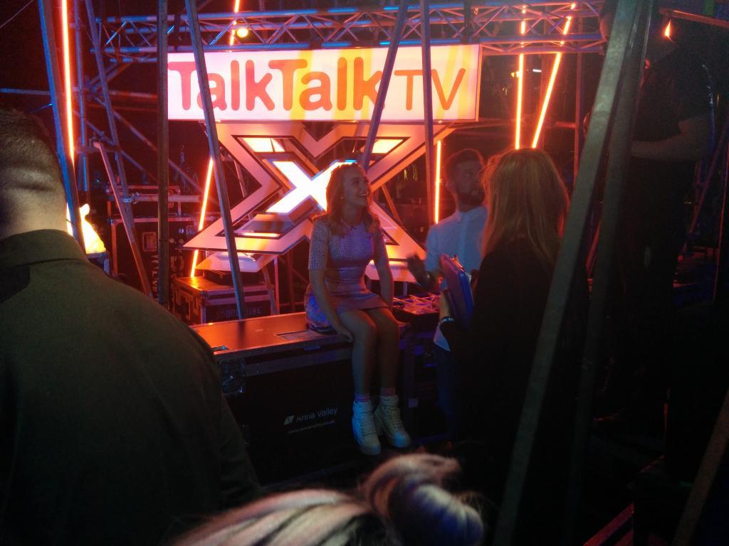 So @laurenplatt7 spoke to @ddlovato on Skype this week! What will Demi think of Lauren's version? #XFactorMoviesWeek http://t.co/7GT3g89BuX