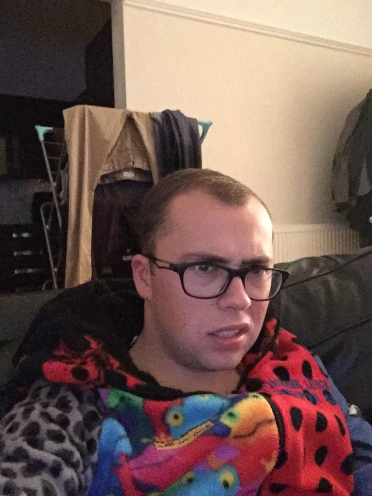 RT @joetracini: Watching #xfactor.  Been pulling this face for an hour now. http://t.co/R8zhHzfuSh
