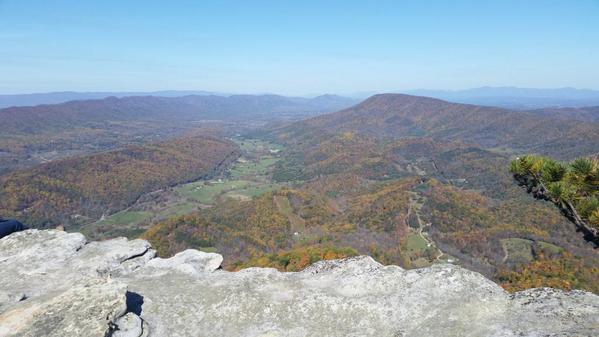 McAfee Knob was a really tough 4 hrs of my life but proud I kept going & prevailed! #Roanoke #VA #hiking #McAfeeKnob http://t.co/GKJoXpG6ZD