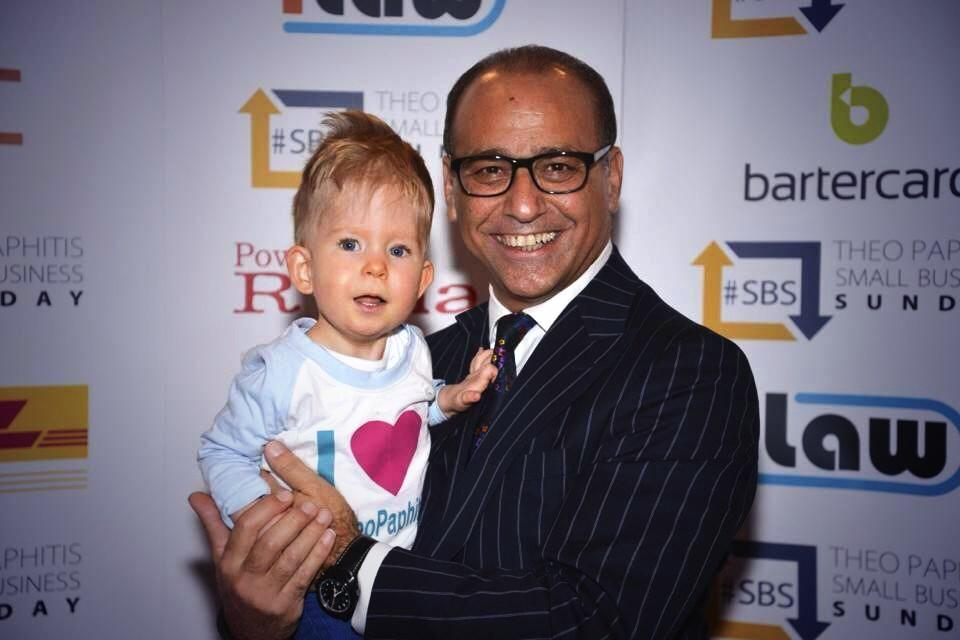 RT @HugsForNoah: #SBS with the lovely @TheoPaphitis here's the rules http://t.co/UZtzM9UCIt !!!!'5pm-7.30pm   One tweet will do http://t.co…