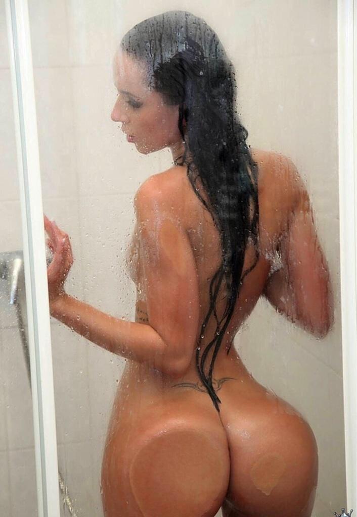Big Ass In Shower 7