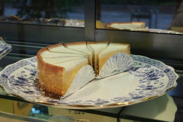 行列のできる相談所で渡部が紹介したヨハンのチーズケーキが売れすぎて大反響!の画像