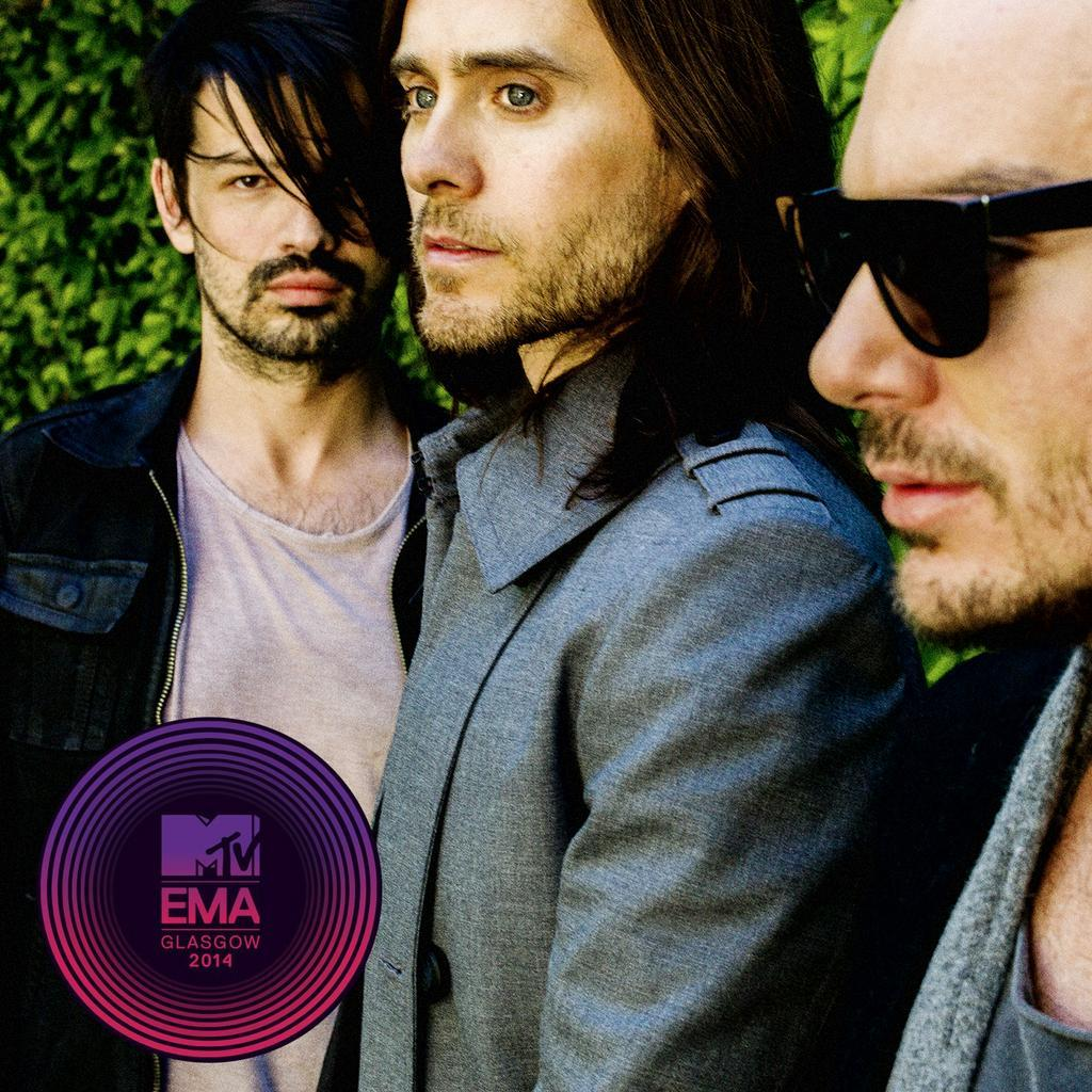 TWO WEEKS LEFT. Make an impact, #ECHELON: http://t.co/by5SZLrPDj http://t.co/hS7s6MlPsp