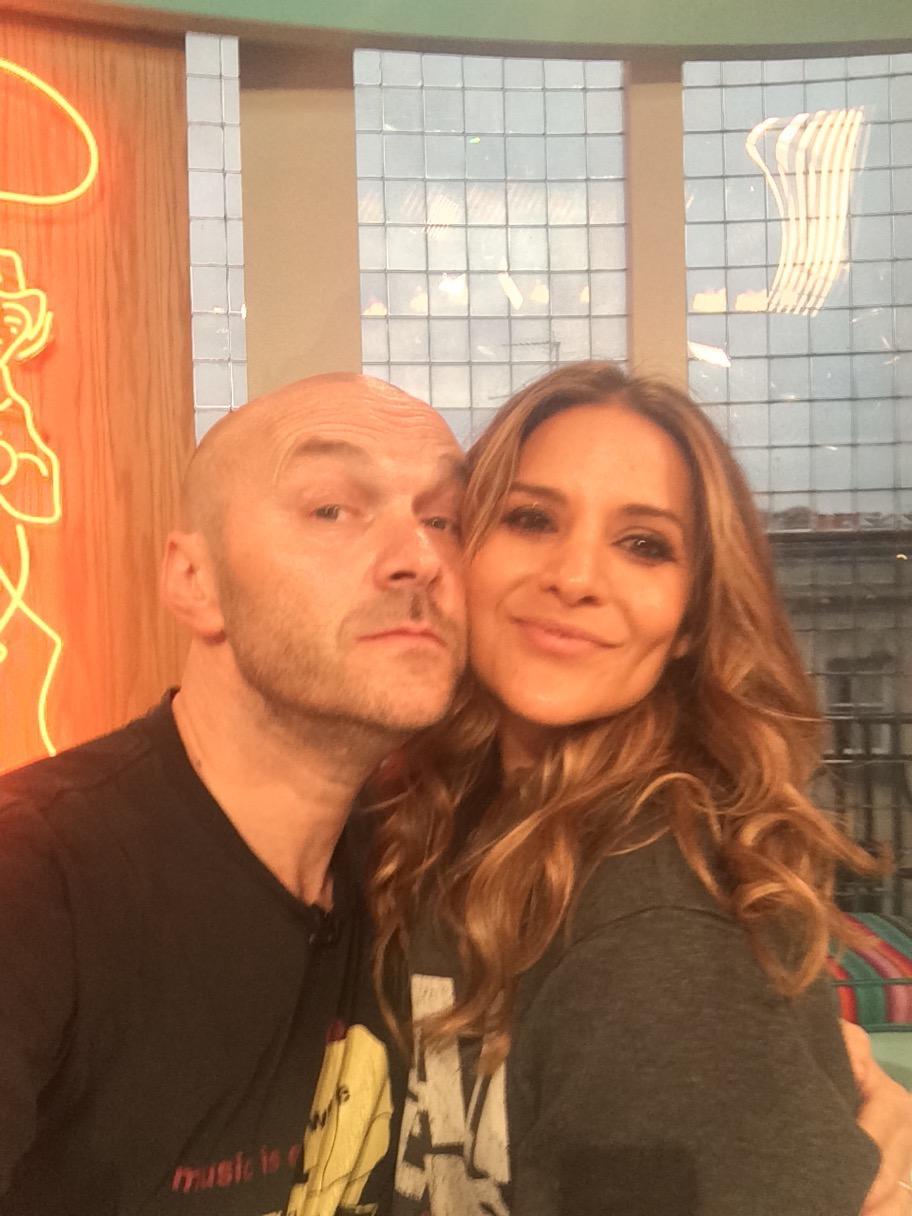 my screen wife @SundayBrunchC4 today is @amandabyram1 whilst the husband @timlovejoy is at Wembley reporting NFL http://t.co/GxjfXu1ok4