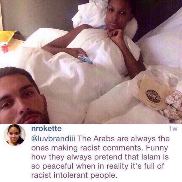 """وصفوها بـ """" العبدة """" في التعليقات على صورتها بانستقرام ، فقالت لهم : العرب عنصريون و إن تظاهروا بأن دينهم دين السلام http://t.co/tfLp7HDSJK"""