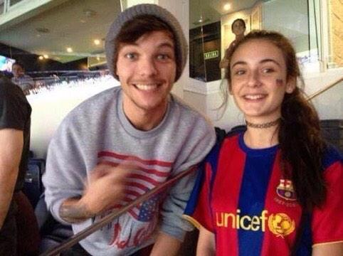 Louis Tomlinson With Fans