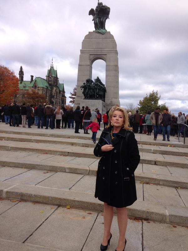 Paying my respects at the #WarMemorial in Ottawa. RIP Cpl. Nathan Cirillo http://t.co/mXuc5TmHi6
