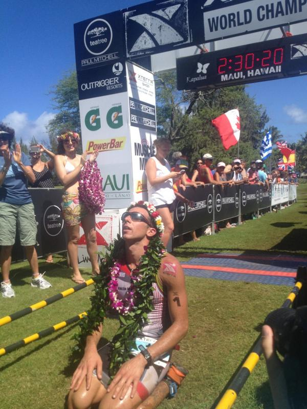 The 2014 XTERRA World Champ @RubenRuzafa http://t.co/WeP9ZseUvn