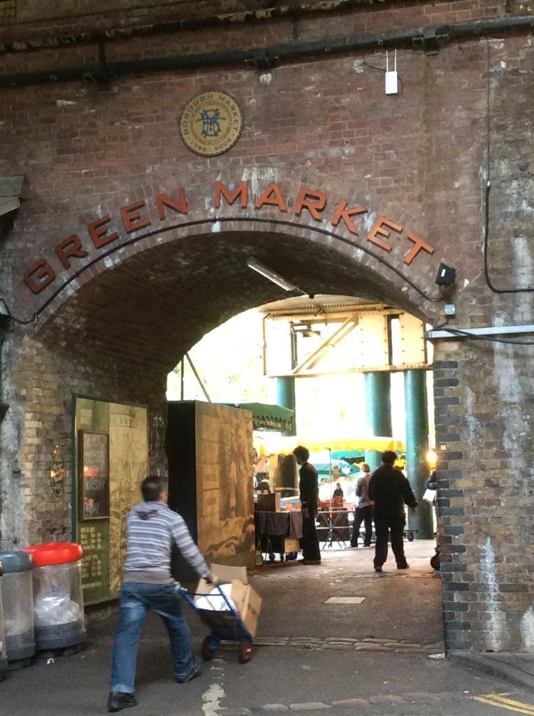 Exploring and experiencing #London markets: @boroughmarket @oldspitalfields #portobelloroad http://t.co/WKqrPTmNrz