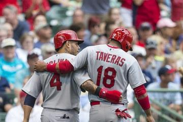 My condolences to Oscar Taveras family. This is a sad day. Heartbreaking news!! http://t.co/8jYmBQmScT