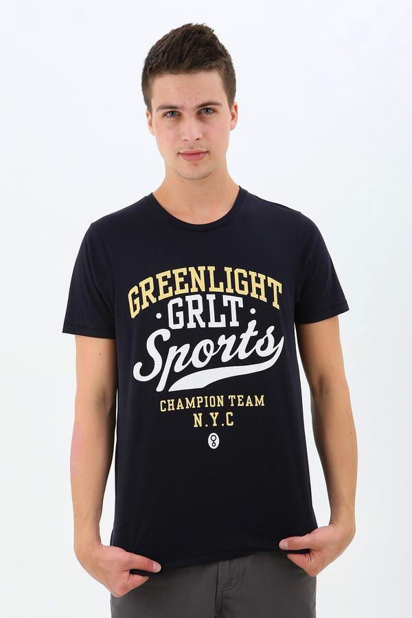 Greenlight clothing store