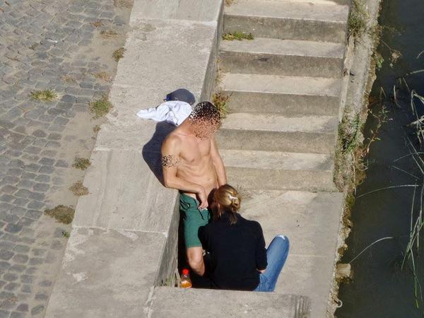 sesso in luogo pubblico bak inc milano