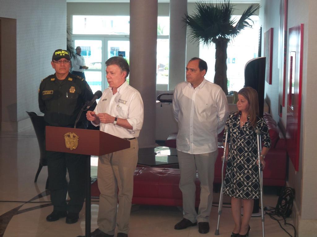 En Barranquilla, Santos anuncia plan de choque para frenar delitos en 11 ciudades