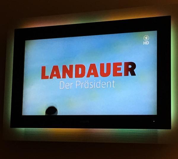 [Président] Kurt #Landauer {1913 - 1914} {1919 - 1921} {1922 - 1933} {1947 - 1951} B0AfNx5CUAEcg4Y