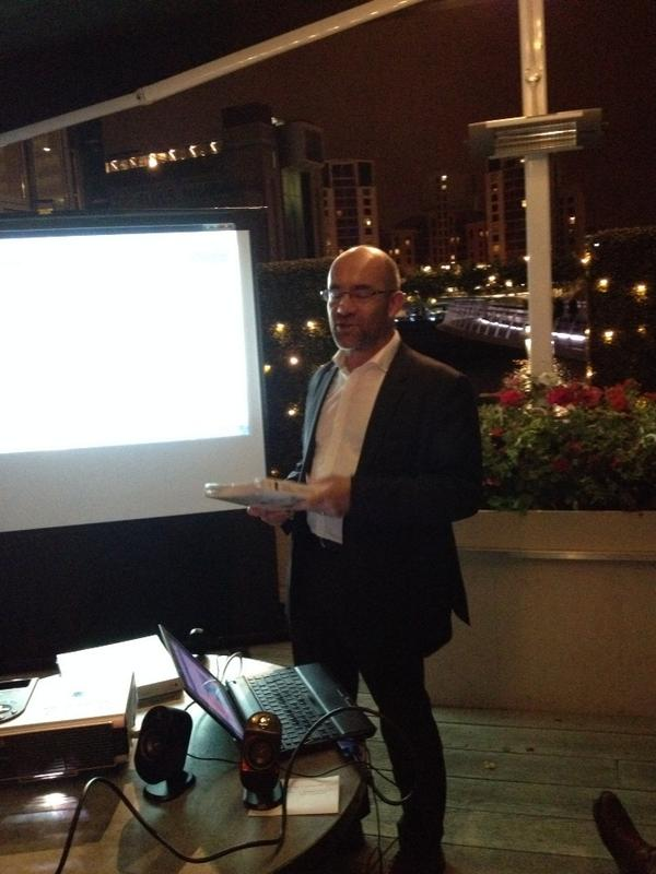@jimpknight Judging the best presentation at tonight's Digitally Confident pre conference Teachmeet #tmdc14 http://t.co/mnavUEiyxn