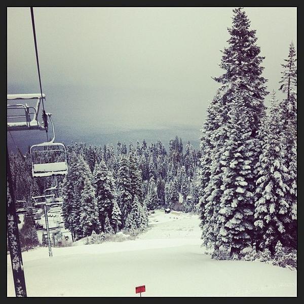 Retweet if you can't wait for snow! #tahoenorth #snow @skihomewood http://t.co/EkVwRgz0WE