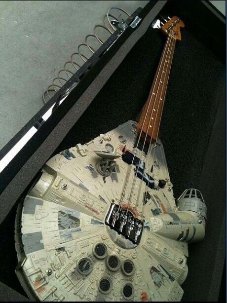 Im all about that bass, bout that bass, -Han Solo pic.twitter.com/Dpw7bJVovo