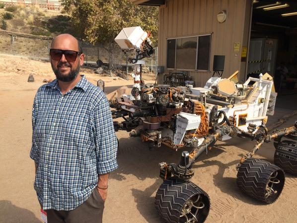 Oh, just hangin with the rover at Jet Propulsion Lab, no big deal... http://t.co/0VQ6QJMq5Z