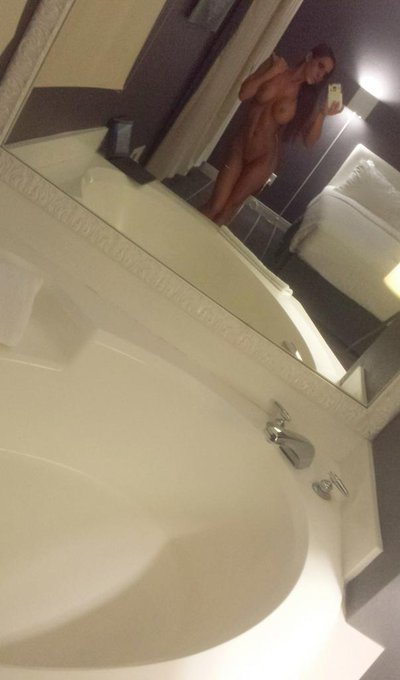 Bath Time..... Trying to get you off my mind http://t.co/A9zxQbdQQL