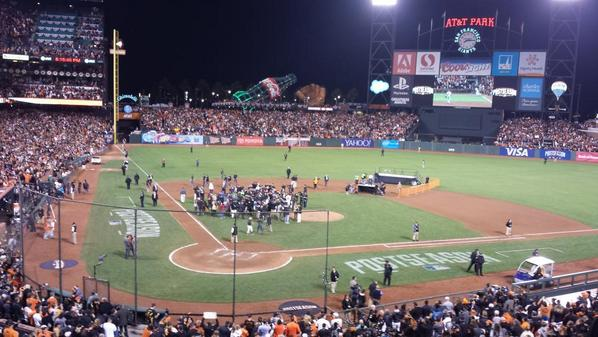 Somewhere in there is Travis Ishikawa, who now lives forever. http://t.co/VnhFT6hQsr