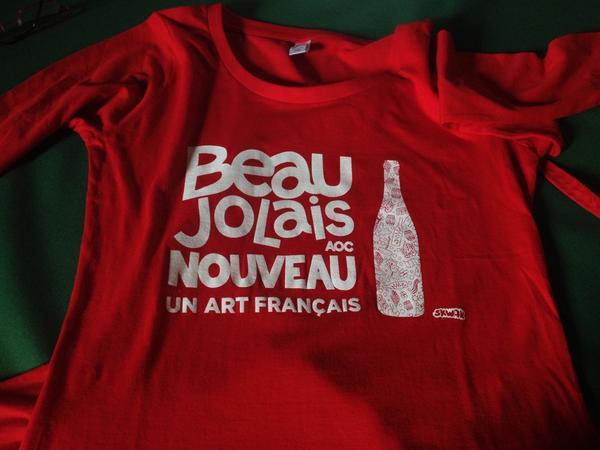 Découvrez la nouvelle campagne du #Beaujolais Nouveau avec l'artiste #Skwak :) rendez-vous le 20 novembre ! http://t.co/T3cdJwxfth