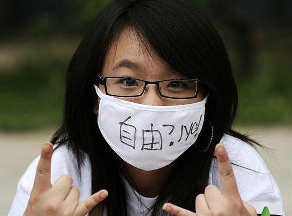 中共網管新聞「媒體人」  揭秘令人絕望的現實