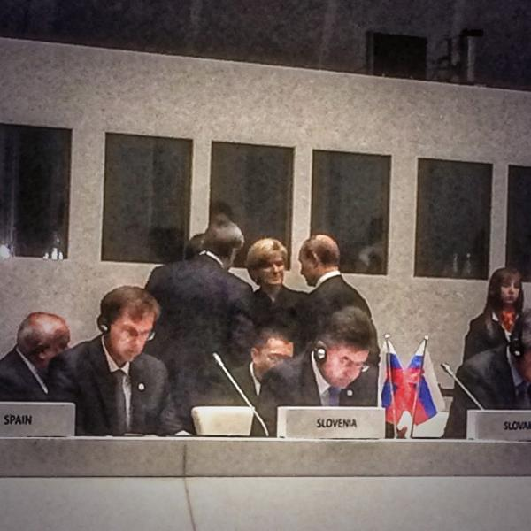 Foreign Minister @JulieBishopMP meets with Russian President Putin at #ASEM2014