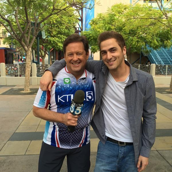 .@bigtimerush fans guess what!? @HeffronDrive is here!! If u don't live in LA Watch online at http://t.co/gTMSPMIMLU http://t.co/aaiURfRgnT