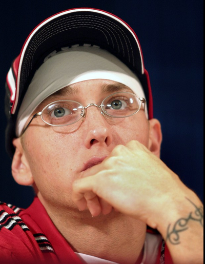 RT @GGNewMusic: Happy Birthday: Here are 15 #FlashbackFriday pics of @Eminem wearing durags http://t.co/prs8DMMSkQ http://t.co/wutGK5sNnV