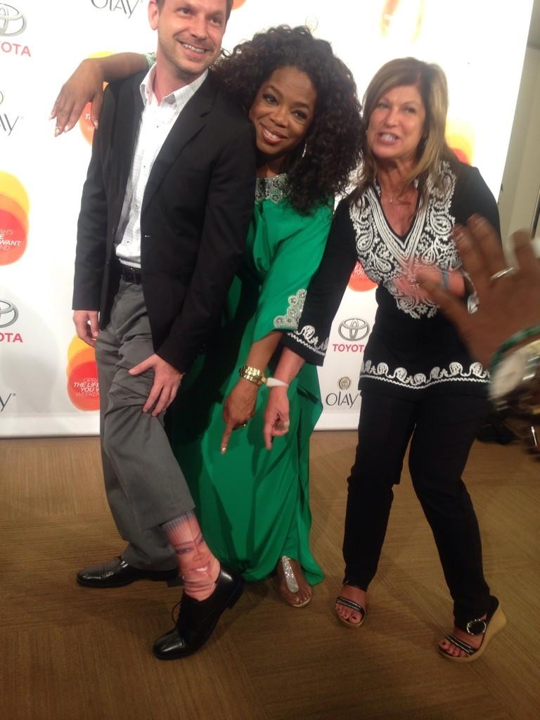 .@Joshdaspit, In all my year,s never saw oprah socks before. #LifeYouWantHOU http://t.co/iJP06dXePu
