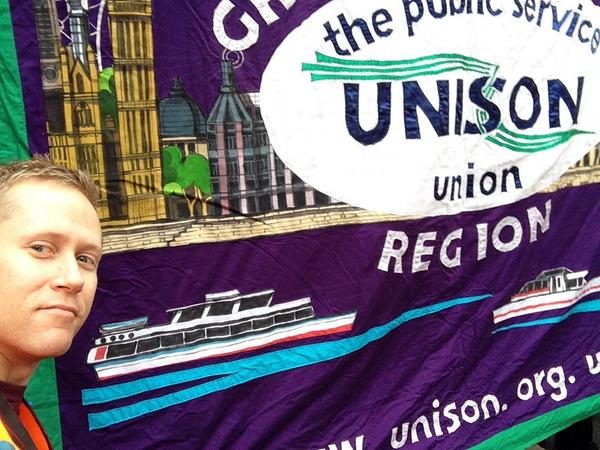 #18oct UNISON Britain needs a payrise, our members deserve fairpay http://t.co/134IuIdZ6f