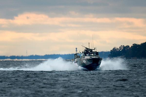 SvD avslöjar: Skadad rysk ubåt söks i skärgården. Nödsamtal på ryska föregick ubåtslarmet. http://t.co/vfhljhbyV0 http://t.co/LNFhOucGPu