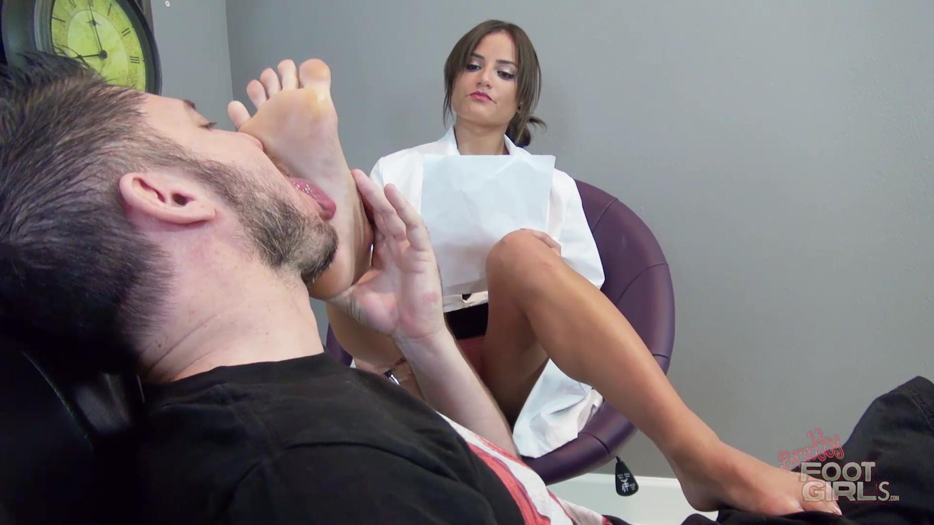 fetish-terapiya-smotret-onlayn-samie-krasivie-stseni-gruppovogo-seksa-smotret