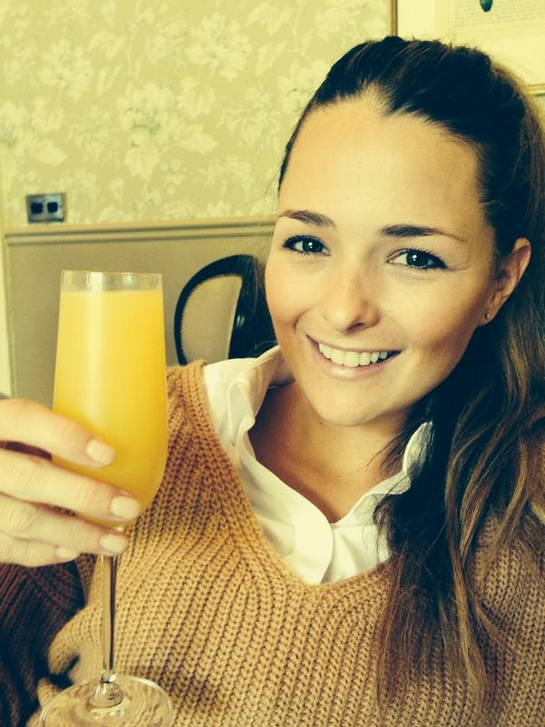 Never too early for a mimosa #sundays http://t.co/eurWw6Y7ct