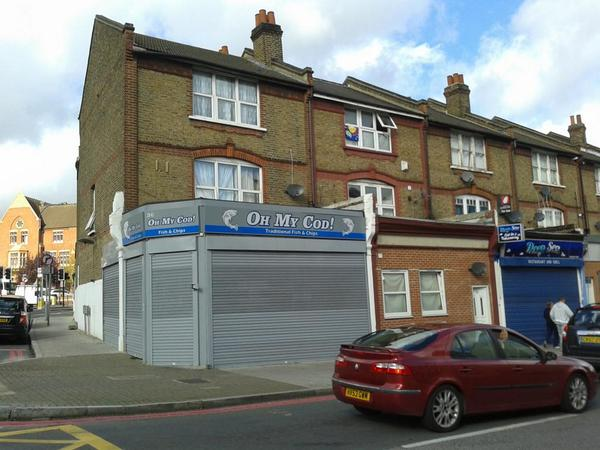 Oh my Cod! Spotted in #Catford http://t.co/tNXbSMEVYW