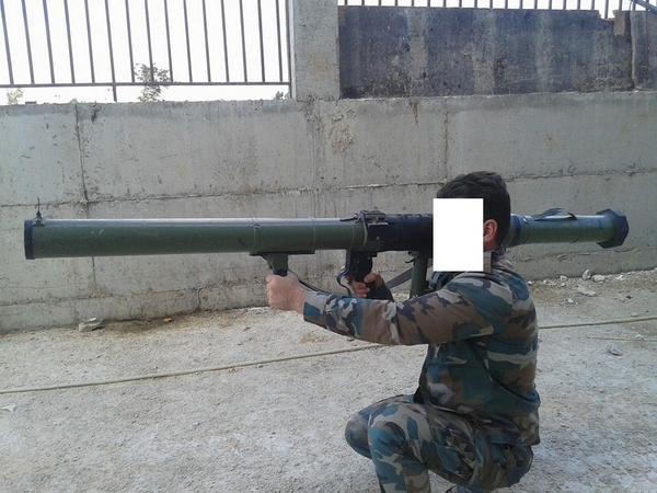 الموسوعة الأكبر لصور الجيش العربي السوري (جزء 2 ) - صفحة 19 B0UX0IKCAAUay_W