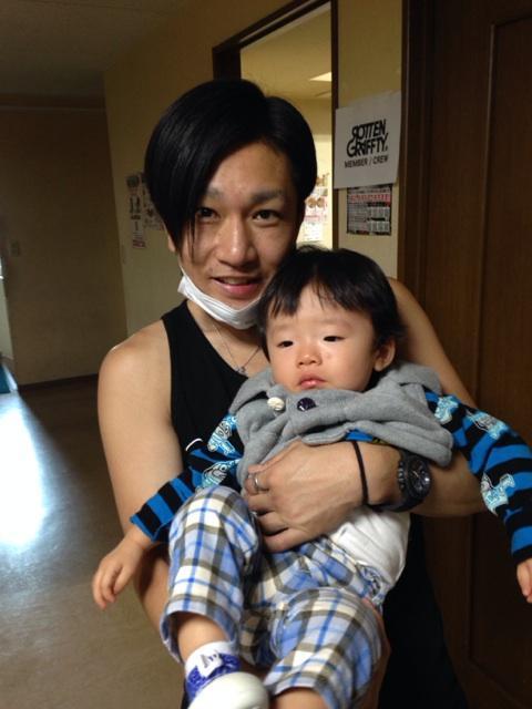 俺の息子とNOBUYAさん! http://t.co/is6KGPx2Mh