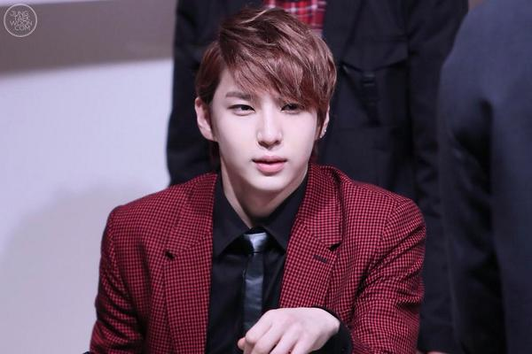 JAStVIXX On Twitter PIC VIXX ERROR LEO JongGro Fan Sign 141019 Cr Jungtaekwoon Tco TjND35PUUt