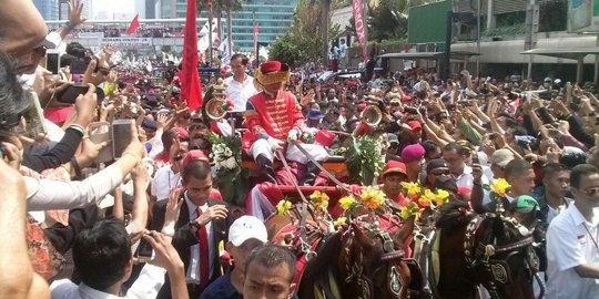 Jokowi JK naik Kereta Kuda