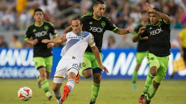 American teammates Landon Donovan and Clint Dempsey battled for the Supporter's Shield (@FOXSoccer/Twitter)