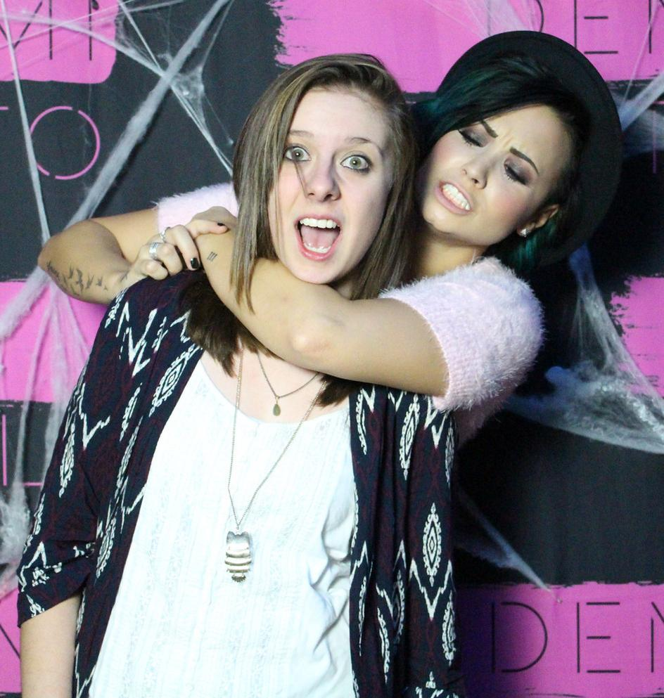 Demi Lovato News On Twitter Demi Lovato Meet And Greet In Montreal