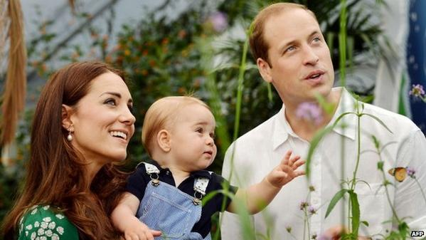 """Duchess of Cambridge still suffering from extreme morning sickness but is """"steadily improving"""" http://t.co/GD0Stc2RH4 http://t.co/iqBJ3d2nIy"""