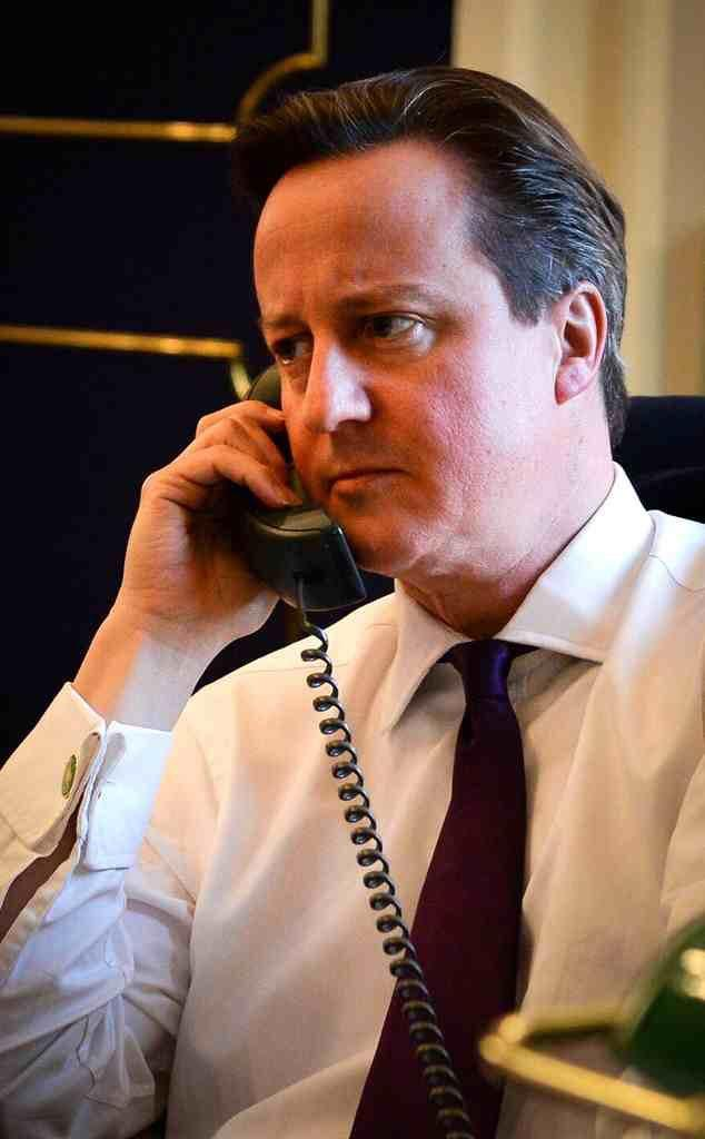 """RT @TheMediaTweets: """"Sorry Barack, I'm going to have to call you back, Brian Harvey is here to see me..."""" http://t.co/OuiYmexfMO"""