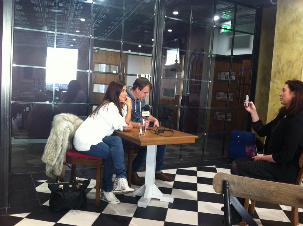 RT @aliJcorrie: Busy afternoon here's @msm4rsh  @simongregson123 chatting to the press about Steve's depression storyline @itvcorrie http:/…