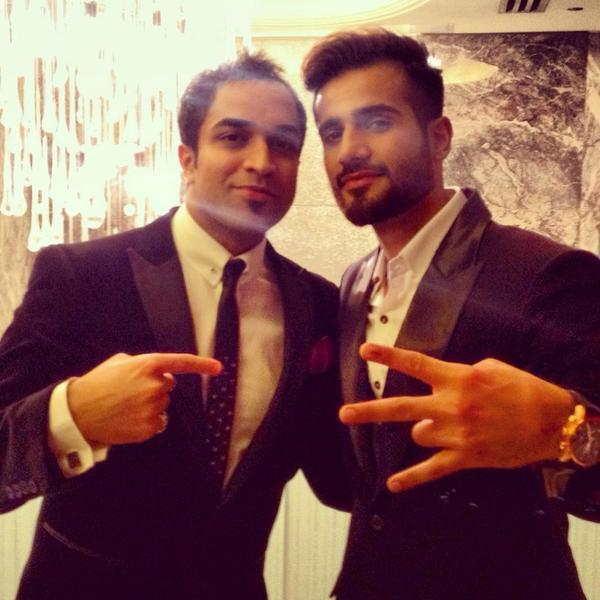 This 1s for the ladies! With this frickin awesome guy @karantacker at #AVTA Superb hosting yaar, but only frm 7-11 :p http://t.co/DiHyrilfOp