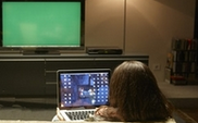 50% of #TV viewers are multi-tasking @WayneDFriedman @mediapost http://t.co/z0MdWk91PZ http://t.co/HswELHWCVA