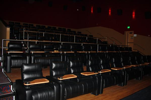 Farmingdale movie theather